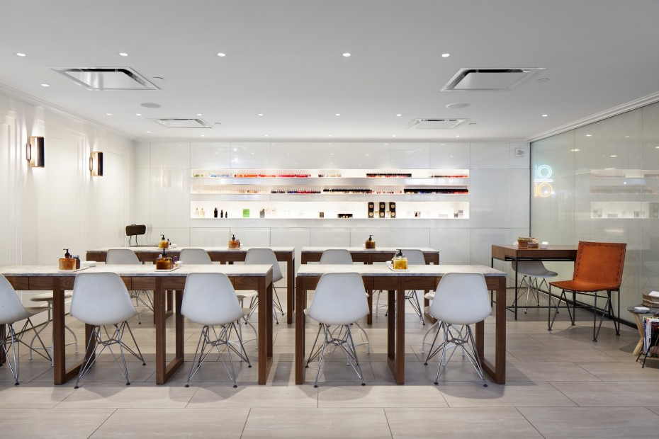 Sleek furnishings and clean lines: tenoverten's NYC midtown location.