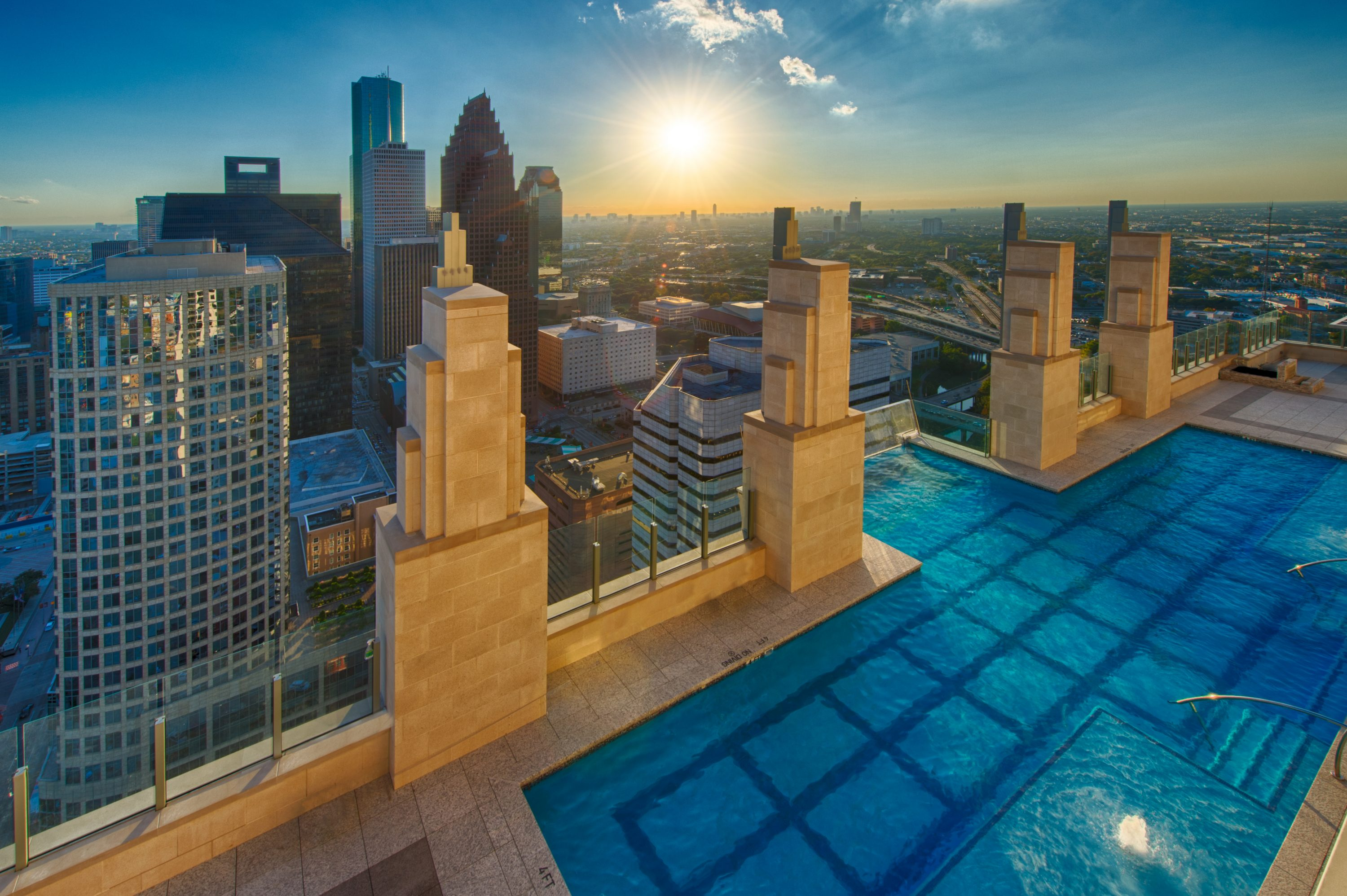 Houston 39 S Downtown High Rise Guide Everything You Need To Know About Living Large And Up High