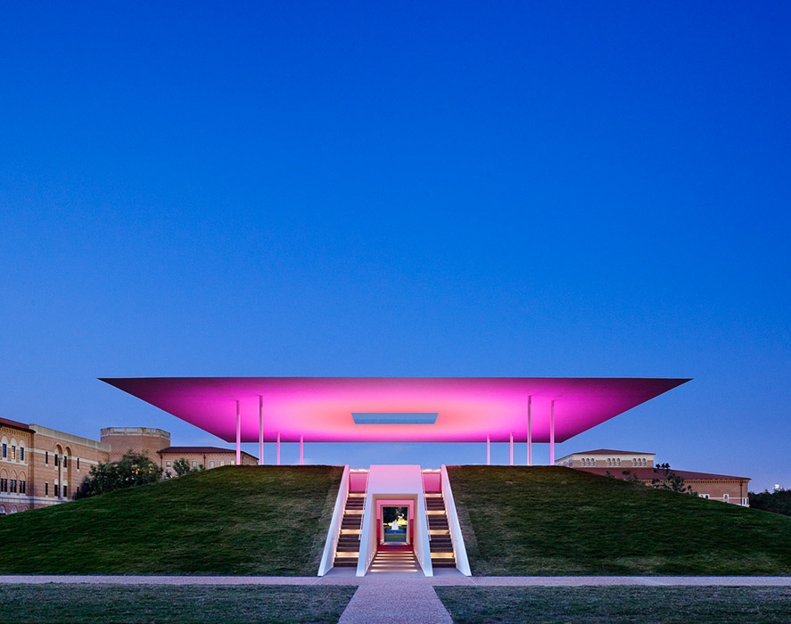 "James Turrell's ""Twilight Epiphany Skyspace,"" 2012, at Rice University"