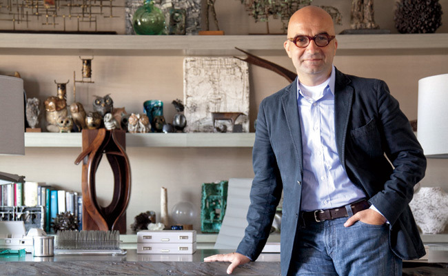 Vram Minassian quickly emerged as a creative force on the jewelry scene.