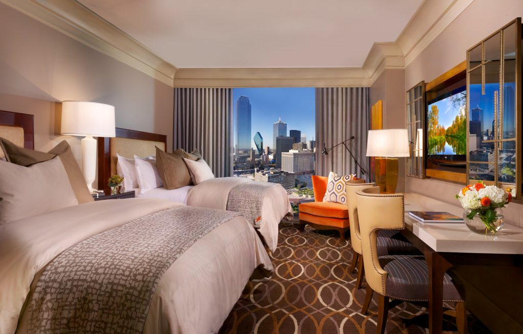 Omni Dallas gives guests plenty of room to unwind.