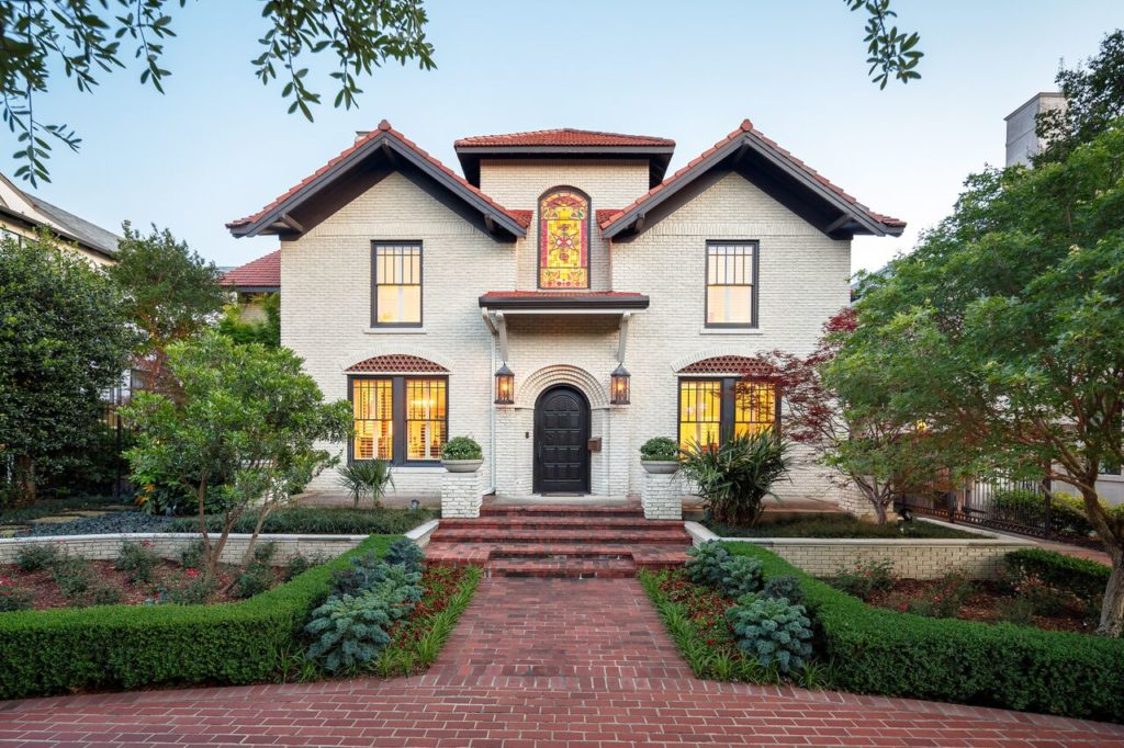 This Highland Park home was designed by famed architect Anton Korn in 1920.