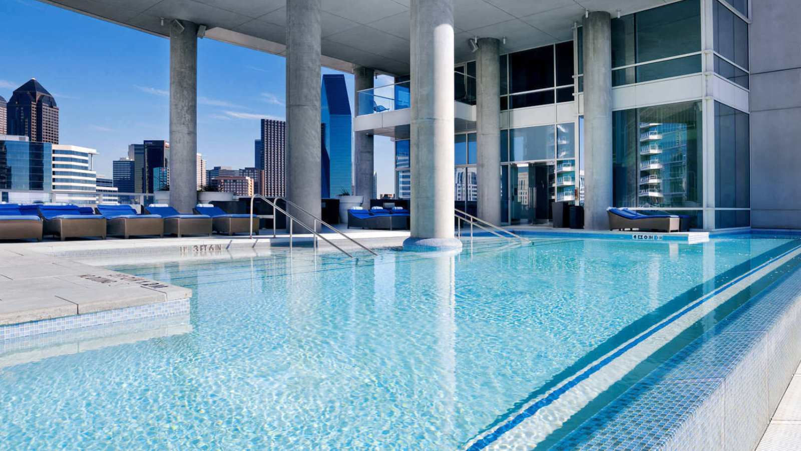 Dallas 10 Best Pools Hotel Retreats That Make The Texas Summer Bearable Papercity Magazine