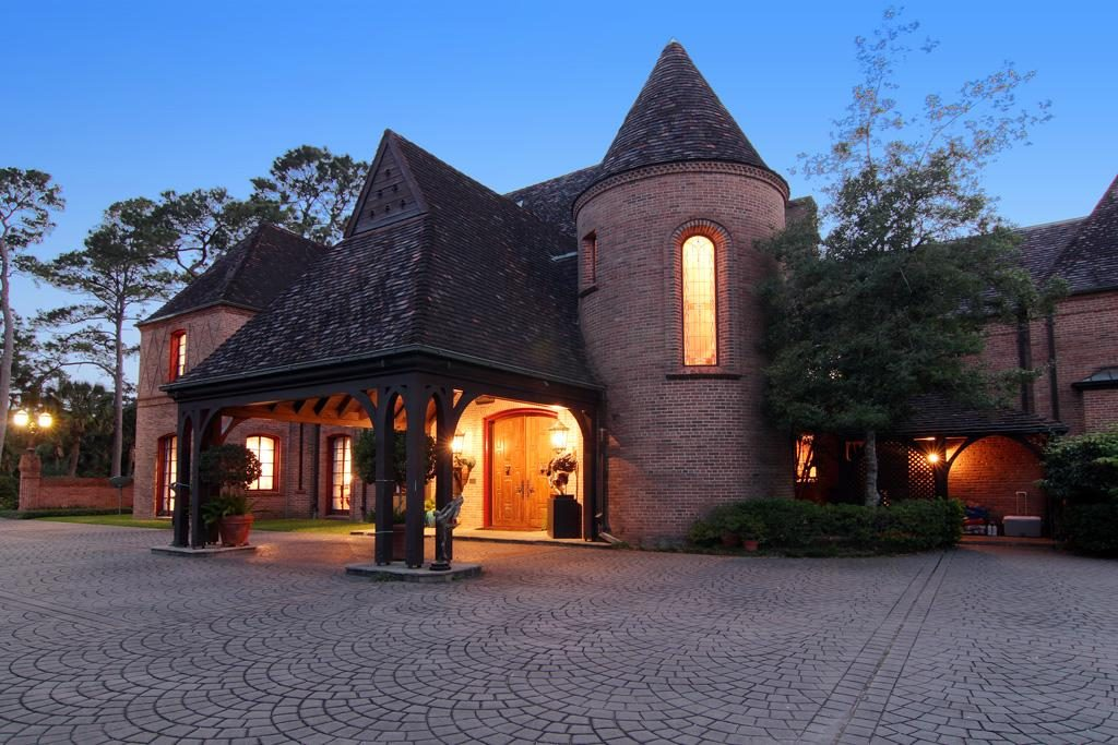 Houston's greatest architect, John F. Staub, originally designed the house for Mr. and Mrs. Harry C. Hanszen.