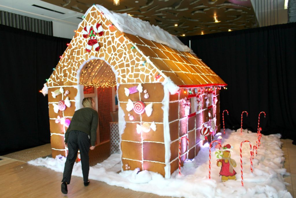 this lifesize gingerbread house is good for more than peeking into you can actually eat - Gingerbread House Christmas Decorations