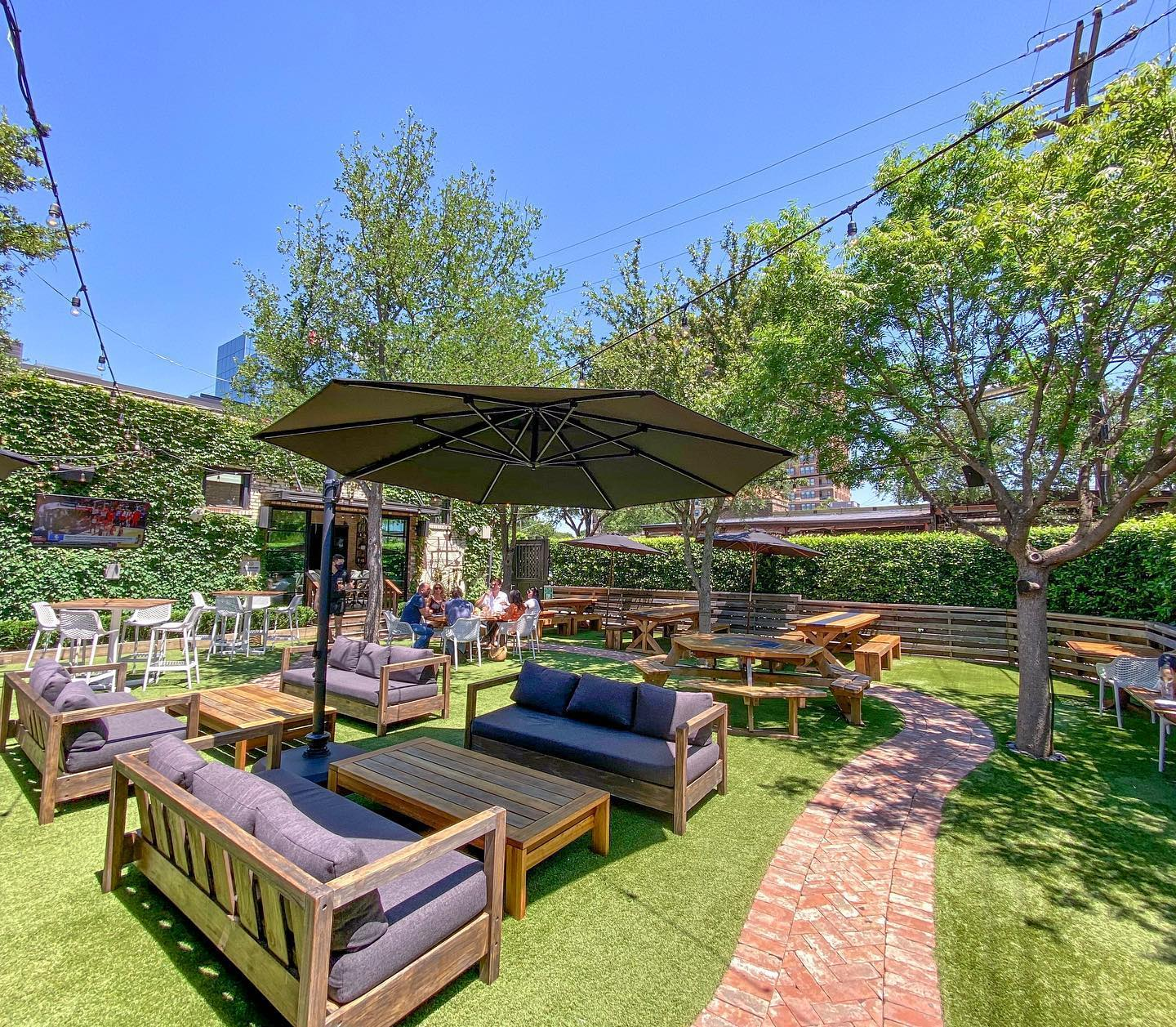 Dallas Best Restaurant And Bar Patios A Running List Of Top Spots For Socially Distanced And Safe Outdoor Dining