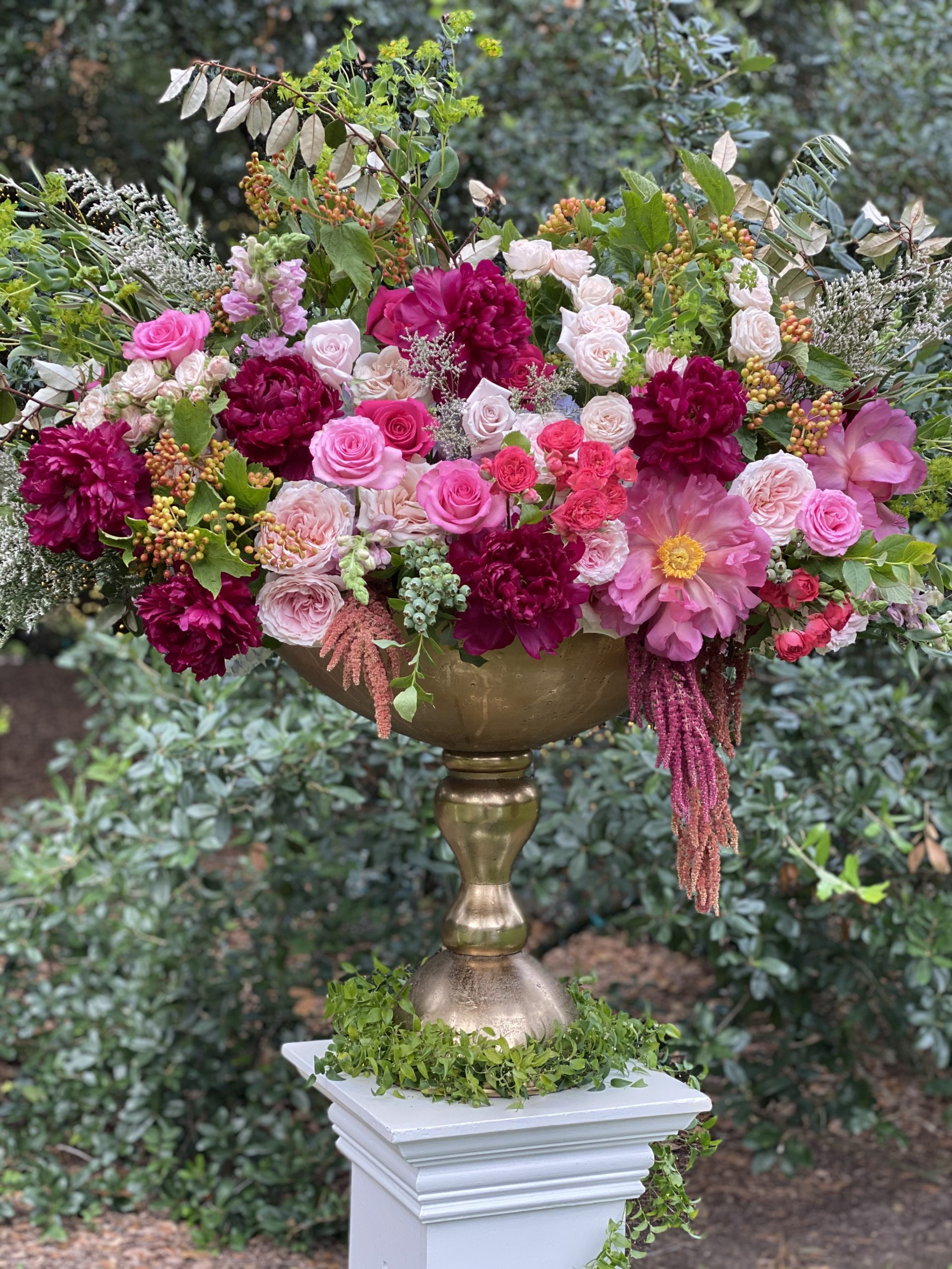Flowers for an outdoor wedding at The Houstonian are created by Sage 'n' Bloom at The Houstonian. (Courtesy photo)